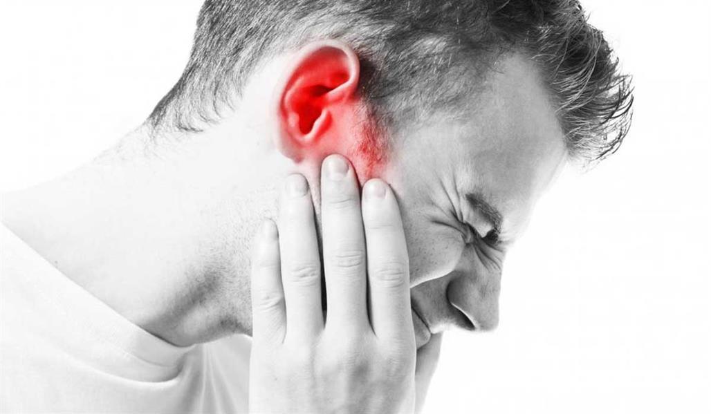 أسباب وأعراض وعلاج التهاب الأذن الداخلية