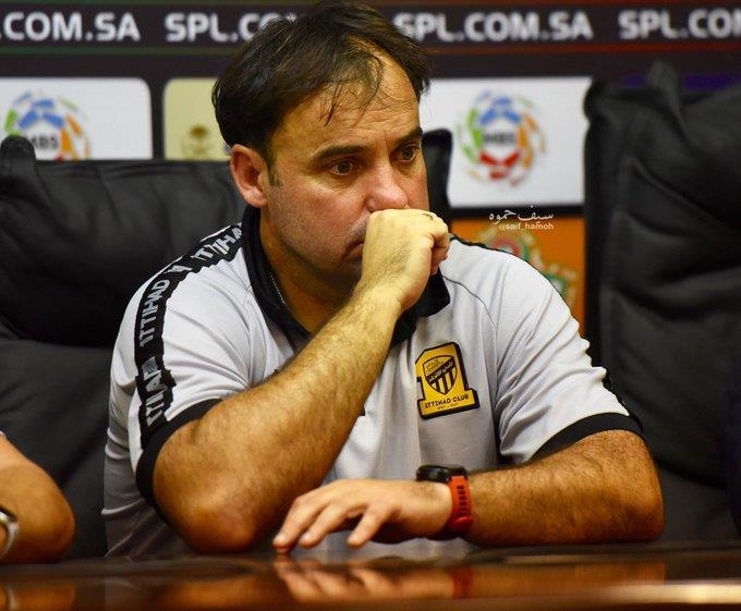 بعد الخسارة من الوحدة.. إقالة سييرا من تدريب الاتحاد وتكليف العبدلي بقيادة الفريق
