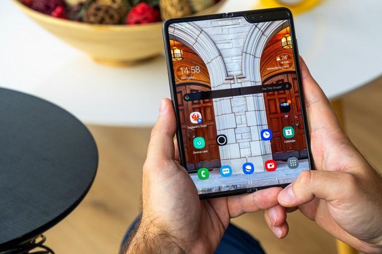 سامسونج تعود بالذاكرة للوراء لتسرد لنا كيف تم تصميم الهاتف Galaxy Fold
