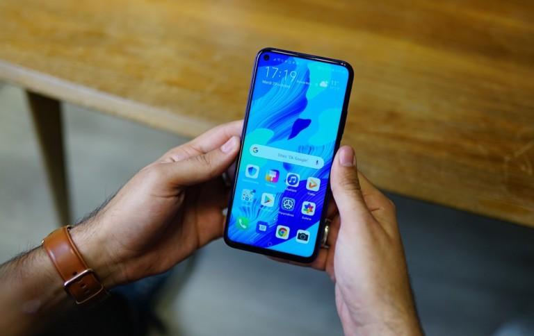 جوجل تكشف لنا عن تصميم وبعض مواصفات الهاتف Huawei Nova 5T Pro