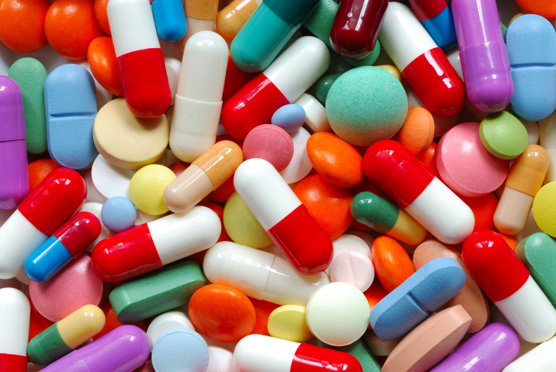 «المجلس الصحي» يوضح عقوبة بيع «المضادات الحيوية» دون وصفة طبية