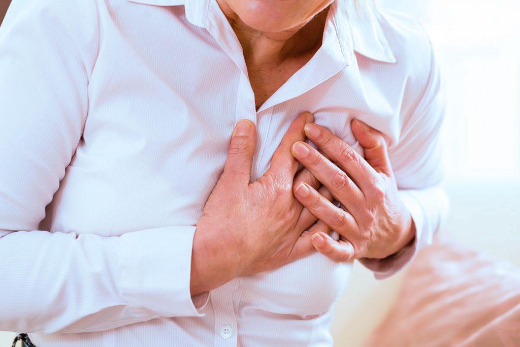 هل الحزن المستمر يؤثر على عضلة القلب؟ .. التفاصيل هنا !!