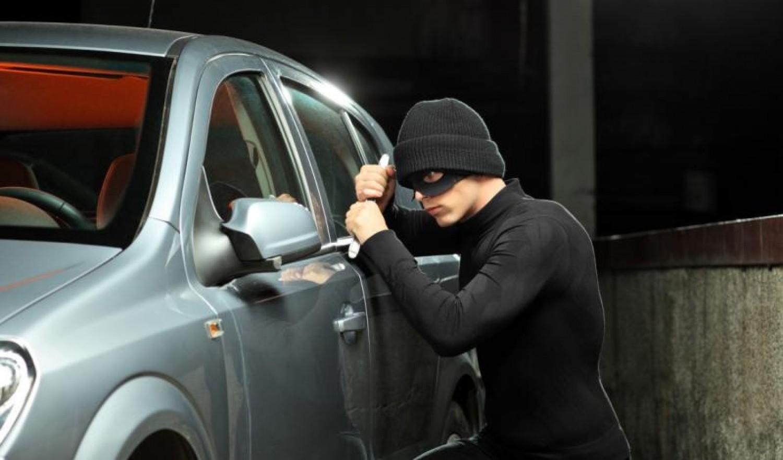 6 نصائح مهمة للوقاية من سرقة السيارات