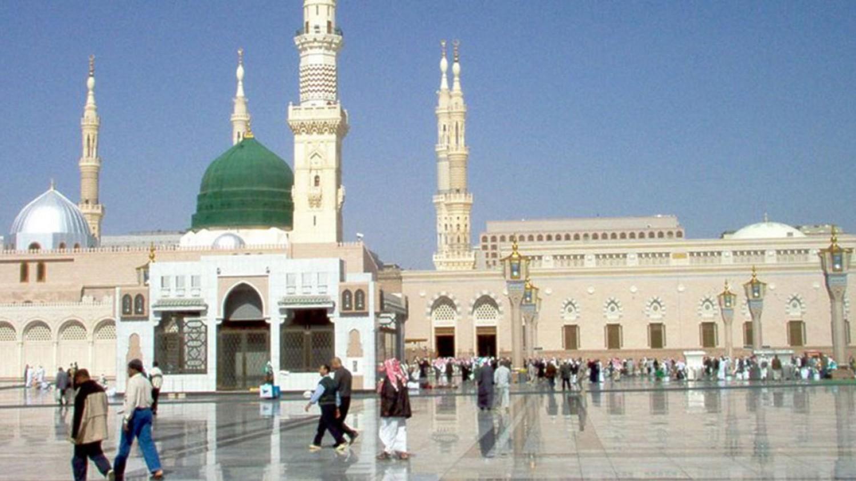 «شؤون المسجد النبوي» توجه رسالة للمصلين بشأن اصطحاب الأطفال